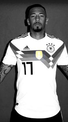 Boateng Steven Gerrard, Premier League, Bayern Munich Wallpapers, German National Team, Germany Football, Fc Bayern Munich, Sport Wear, Football Players, Sexy Men