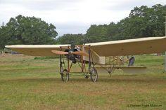 Bleriot replica Vintage Airplanes, Aeroplanes, Equestrian, Aviation, Aircraft, History, Monkeys, Metal, Plane