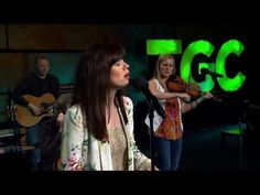 ▶ Keith & Kristyn Getty - Lift High the Name of Jesus - YouTube
