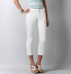 White Curvy Cropped Jeans  @LOFTSummerGetaway #LOFTSummerGetaway