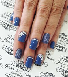"""14 curtidas, 1 comentários - Jéssica Dos Santos (@jehhdossantoss) no Instagram: """"Aquele azul lindo! #ateliedaje #unhasdecoradas #unhaslindas #pedrarias #agenteama ❤❤❤"""""""