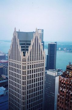 Comerica Tower - Detroit, Michigan, EE.UU 1991