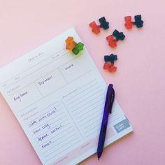 To-do lists and sweet and sour treats to make this week bear-able (#pun 😉). #treats #jointgummybearsareathing!!!! #blushingconfetti #stationery www.blushingconfetti.com