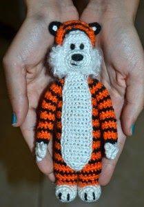 2000 Free Amigurumi Patterns: Calvin and Hobbes: Hobbes crochet pattern