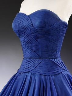 Place of origin:    Paris, France (made)  Date:    1951 (made)  Artist/Maker:    Dessès, Jean, born 1904 - died 1970 (designer)  Materials and Techniques:    Silk, silk organza and velvet ribbon, pleated  Credit Line:    Worn and given by HRH Princess Margaret