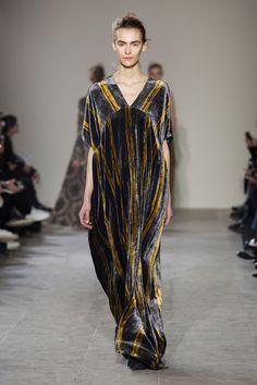 Really like the shape of the bodice/neck - Uma Wang at Paris Fashion Week Fall 2017