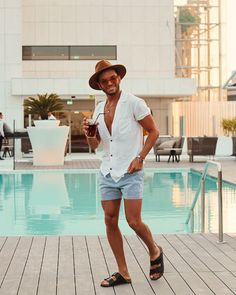 Cancun Outfits, Pool Party Outfits, Summer Outfits Men, Stylish Mens Outfits, Men's Beach Outfits, Outfit Beach, Dress Beach, Bershka Collection, Moda Blog