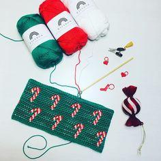 """Alex from Vienna on Instagram: """"[Werbung beauftragt]  Ich bin schon in Weihnachtsstimmung 🎄  das Garn wurde gesponsert von @hobbii.de (Link weiter unten)  Christmastime is…"""" Xmas, Christmas Ornaments, Tapestry Crochet, My Bags, Knitted Hats, Unicorn, Easter, Seasons, Halloween"""