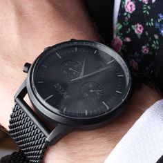 Close-up on the Kingston matte black chronograph ⌚️ www.Grandfrank.com