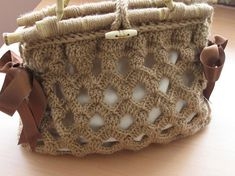 crochet bag. I love the stitch pattern