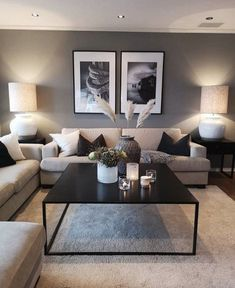Unique living room decorating ideas picture frames Keep up to date with the latest small living room decor ideas (chic & modern). Find good ways to get stylish design even if you have a small living room. Cozy Living Rooms, Living Room Grey, Living Room Interior, Apartment Living, Home And Living, Modern Living, Cozy Apartment, Contemporary Living Room Decor Ideas, Decorating Small Living Room