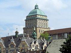 University Zurich Main Building  Zurich, Switzerland  http://www.travelandtransitions.com/destinations/destination-advice/europe/