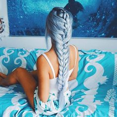 Beautiful hair! LOVE? credit @gabsgetgnarly #hairsandstyles