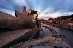 Amanecer en el Guggenheim by sgsierra Bilbao, Opera House, Skyscraper, Minimalism, Abstract, Architecture, City Buildings, Urban Design, Travel