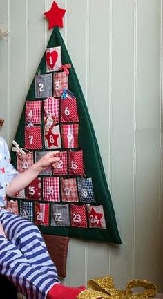 Advent Calendars for Kids Advent Calendars are a fun way to help kids count down the days until Christmas. Fill them with toys, ornaments, acts of service, or family activities. Days Until Christmas, Christmas Makes, All Things Christmas, Christmas Holidays, Christmas Decorations, Nordic Christmas, Christmas Kitchen, Christmas Candles, Handmade Decorations