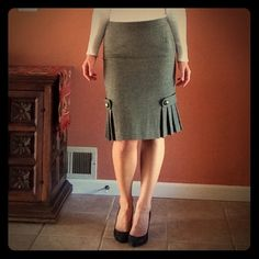 Banana Republic tweed skirt I bought this a few years ago for work. It is an elegant, beautifully embellished fitted skirt and a bit too warm for California. :) I have only worn it a few times, it is like new. I should mention it is 90% wool tweed and lined. Banana Republic Skirts Pencil