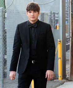 Ashton Kutcher Ashton Kutcher, Suit Jacket, Breast, Blazer, Suits, Jackets, Fashion, Trends, Celebs