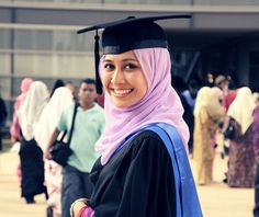 What to Wear to Graduation   The Muslim Girl