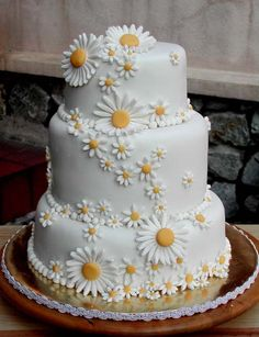 white daisy cake, also wanted to show you a new amazing weight loss product sponsored by Pinterest! It worked for me and I didnt even change my diet! I lost like 16 pounds. Here is where I got it from cutsix.com