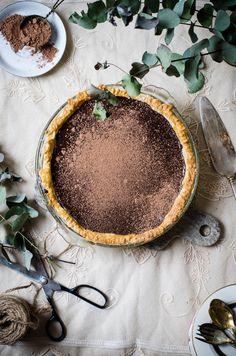 dark chocolate and peppermint pie