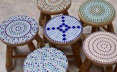 Banquinho com mosaico