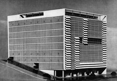 "Oscar Niemeyer, Building for the ""Emprezas Graficas o Cruzeiro"" 1949."