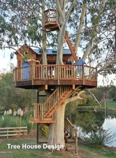 Beautiful Tree Houses, Cool Tree Houses For Kids, Backyard Treehouse, Tree House Plans, Diy Tree House, Tree House Designs, Unique Trees, Foyers, Outdoor Fun