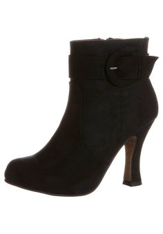 Loooove these boots!