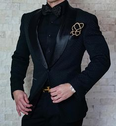 One of our most popular pieces. Our Zibellino Honeycomb Dinner Jacket. Exclusively designed, manufactured and distributed by us. Join our bold family today! Blazer Outfits Men, Stylish Mens Outfits, Wedding Dress Men, Wedding Suits, Mens Fashion Suits, Fashion Outfits, Fashion Menswear, Mens Suits, Prom Suits For Men