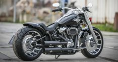 Customized Harley-Davidson Fat Boy motorcycles by Thunderbike Harley Davidson Chopper, Harley Davidson Custom Bike, Classic Harley Davidson, Used Harley Davidson, Harley Davidson Street, Harley Panhead, Harley Davidson Knucklehead, Harley Davidson Motorcycles, Harley Bikes
