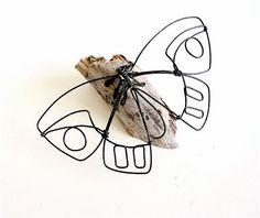 De la mariposa escultura de alambre alambre mínimo por WiredbyBud