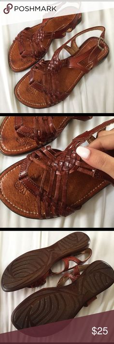 Mexican Huaraches Brand New. Made in Mexico Message me for better pricing Shoes Sandals Mexican Shoes, Huaraches, Cute Shoes, Moccasins, Shoes Sandals, Mexico, Outfit Ideas, Girly, Footwear