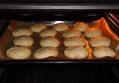 """Chleba naszego: Chleb """"Szymanowski"""" z mąki typu 480 Hot Dog, French Toast, Bread, Breakfast, Food, Morning Coffee, Breads, Bakeries, Meals"""