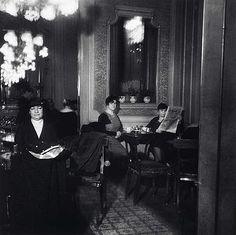 Café Interior, Vienna, by Edith Tudor-Hart . Vintage Photography, Inspiring Photography, Unsung Hero, Galleries In London, Cafe Design, Women In History, Tudor, Vienna, Old World