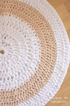 Carpet Stair Runners For Sale Code: 5673143014 Crochet Doily Rug, Crochet Carpet, Crochet Fabric, Crochet Quilt, Fabric Yarn, Crochet Home, Love Crochet, Knit Crochet, Crochet Patterns