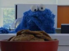 Cookie Monster covers Carly Rae Jepsen