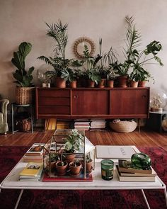 Bohemian Style Home Decor Ideas # Bohemian House Decor Bohemian Decor Home Ideas Style Vintage Home Decor, Room Decor, Decor, Bohemian Style Decor, Apartment Decor, Home, Living Room Plants, Interior, Home Decor