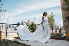 Designer @jennychenyc was inspired by one of nature's most overlook organisms the #lichen for her SS16 #bridal collection & the outcome is nothing short of breathtaking. Checkout more visuals from her collection captured by #coterie member @stanlophotography on the blog now.  #munaluchibride #munaluchi #jennychen #bridalfashion #nybfw #fashion #verawang #nyc #urbanbride