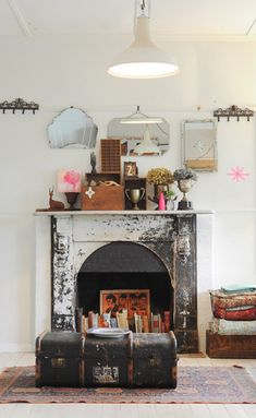 The fireplace? The books in the fireplace? The old trunk? The randomness on top of the fireplace? Home Interior, Interior Decorating, Decorating Ideas, Interior Styling, Decor Ideas, Room Ideas, Bathroom Interior, Design Bathroom, Modern Bathroom
