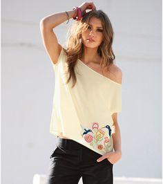 Blusa camisa mujer manga caída con bordado Moda Mujer 17 Venca