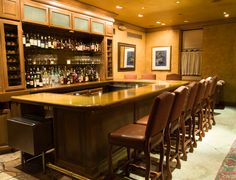 Atwater's Bar located in lobby of The Herrington Inn #genevail #restaurants #chicago #enjoyillinois