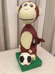 Sinterklaas eindresultaat: Een surprise aap van wasmiddelfles