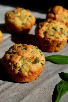 Herzhafte Bärlauchmuffins! Das Rezept dazu findet ihr auf SarahsBackblog.de :) #bärlauch #muffin #muffins #herzhaftemuffins http://www.sarahsbackblog.de/herzhafte-baerlauchmuffins/