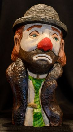 Large Collectible Emmett Kelly Jr. Clown Bust Wood Carving.  Beautiful Display for Office, Home, Study or Mantel. FREE SHIPPING!!!