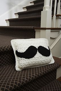Crochet Mustache pillow. Free pattern.