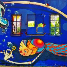 #streetart en Poblenou Barcelona.         For more great pins go to @KaseyBelleFox