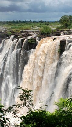 Victoria falls, Zambia - 20 sights that will remind you how incredible Earth is (Part 2)