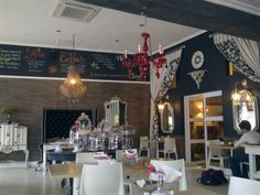 Soet Bistro in Durbanville Coffee Shops, My Coffee, African Love, Best Hospitals, Cape Town, South Africa, Beautiful Places, Table Settings, Rustic