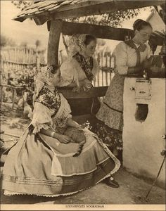Hungarian folk costumes from Karancsság Costumes Around The World, Hungarian Embroidery, Art Costume, My Heritage, Vintage Photographs, Photos, Pictures, Old Things, Images