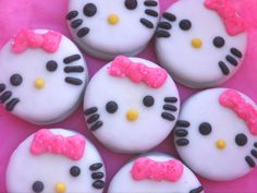 12 Hello Kitty Inspired Chocolate Covered Oreo Cookie Favors Edible Hello Kitty Birthday Party Treats Hello Kitty Cookies Pink Bow